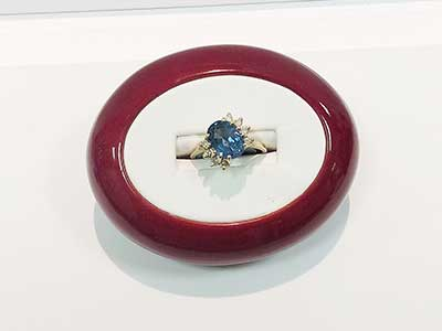 colored-rings-jewelry-1